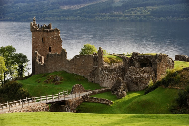 Loch Ness & The Highlands Tour