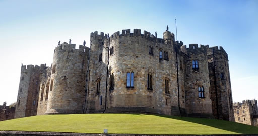 Alnwick Castle, Northumberland Coast and the Borders Tour